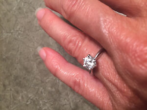 High quality engagement ring for sale