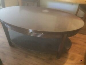 Oval coffee table with shelf Kawartha Lakes Peterborough Area image 1