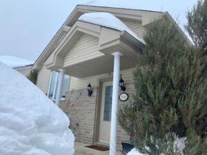 Magnifique maison avec garage!