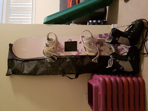 Ladies Snowboard with bag and Size 6 Burton Boots