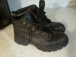 Nike High Top Boots/Shoes