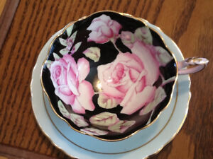 Paragon Rose Floral on Black Tea Cup Teacup Saucer England