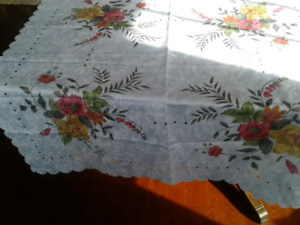 Brand New White Damask Square  Tablecloth Approximately 33""