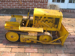 WANTED: antique pedal car, tractor, scooter, wagon, tin toys etc London Ontario image 2