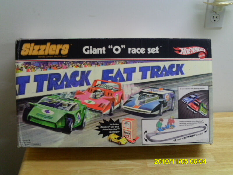hotwheels sizzlers fat track set with juice machine retro 1969 arts collectibles. Black Bedroom Furniture Sets. Home Design Ideas