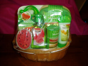 Melon Fruit Bath Set New