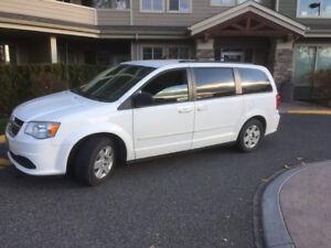 2013 Dodge Caravan STOW AND GO Minivan, DVD Pack 8700!