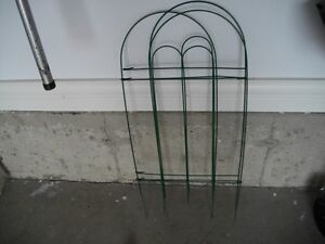 GARDEN STAKES  WIRE WITH PLASTIC COATED