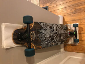 Skateboard long board great condition barely used