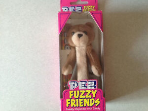 4 X 1998 PEZ PETZ DISPENSERS & 1 PEZ FUZZY FRIEND DISPENSER London Ontario image 4