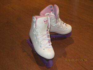 Patins artistique Jackson fille 12J / Jackson skates size 12J Gatineau Ottawa / Gatineau Area image 3