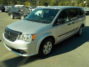 2012 Dodge Caravan Sxt with shelving Minivan, Van