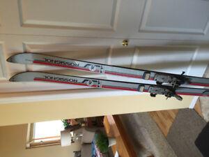Racing skis