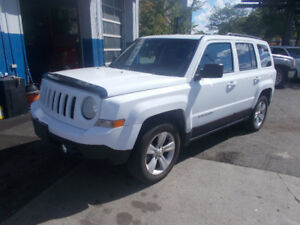2015 Jeep Patriot  4CYLINDER 4×4 LEATHER SUNROOF 1 YEAR WARRANTY