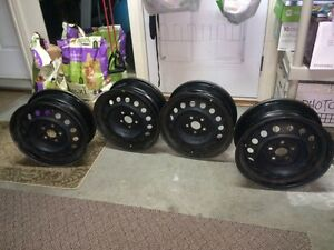4 Winter rims 195/65 R15