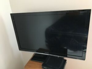Panasonic TV LCD TC-L32X5
