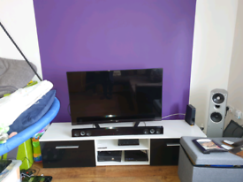 "LG 3D tv 47"" very good condition. Bargain"