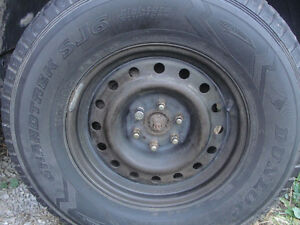 Dodge Durango 2003 rims with newer winter tires mounted $650.00