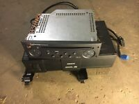 Clio stereo radio head unit 6 disc CD Changer