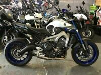 2018/68 YAMAHA MT 09 RACE BLUE SERIES *LOW MILEAGE, AKROPOVIC SYSTEM, 12MTH MOT*