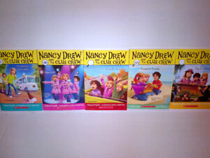 NEW NEVER USED 5 Book Nancy Drew & The Clue Crew collection