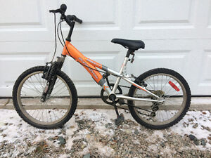 Kids supercycle $30 OBO