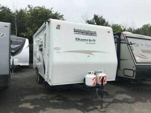 2010 Forest River Shamrock 21RSS 21 pieds