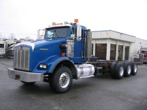 2007 Kenworth T800 daycab tridrive chassis