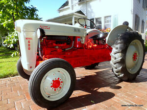 Tracteur Ford 650