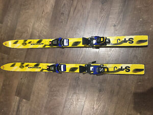 110 Rossignol junior Skis