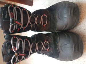 Columbia Youth Boots US 5 Boys