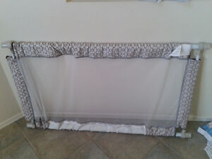 Extra Wide Baby Gate/ Safety Gate