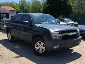 2004 Chevrolet Avalanche 1500 Crewcab Z66 Power Group A/C