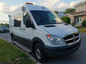 2009 Dodge Sprinter Minivan, Van
