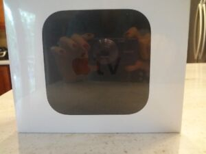 Apple TV 32G (Brand NEW)