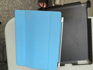 Ipad Case and Smart Cover - (2 Available) - Priced to Move Cambridge Kitchener Area image 1