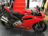 Ducati 959 PANIGALE 1 OWNER AND ONLY 1400 MILES. OVER £2000 WORTH OF EXTRAS