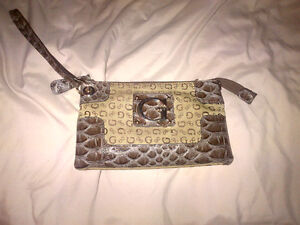 Coach and Guess bags for Sale Kitchener / Waterloo Kitchener Area image 4