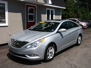2012 Hyundai Sonata GLS Fully Equipped! Sunroof!