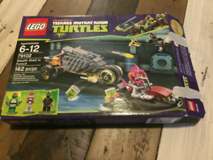 LEGO TMNT 79102: Stealth Shell in Pursuit