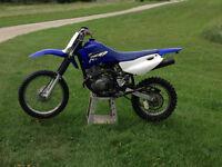 2004 Yamaha TTR 125 Dirt Bike