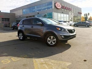 2014 Kia Sportage LX+ | MANUAL | AWD | HTD SEATS