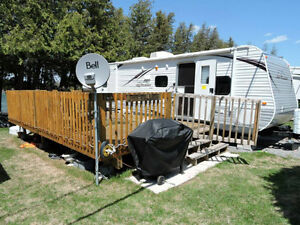 2013 Jayco Trailer 32ft on Water Front Lot For Sale