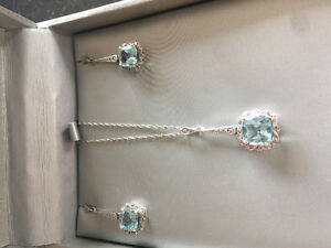Vintage-Style Necklace and Earring Set