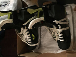 Men's size 8 Graff skates