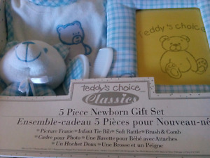 Two brand new baby gift sets