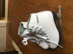 Toddler Girl's Size 11 Skates