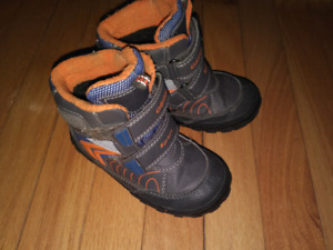Geox Toddler Boys Winter Boots Size 8.5