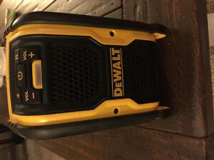 Dewalt 20volt Bluetooth speaker (Ingersoll)