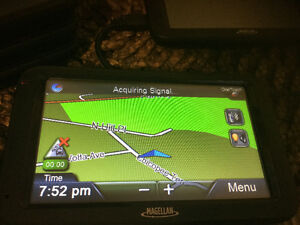 "GPS Magellan 5"" screen"